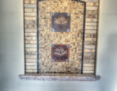 A custom art niche in the entry of Muirfield.